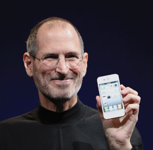 The late Steve Jobs, cofounder and visionary leader of Apple, helped launch the era of the personal computer. Photo courtesy India7 Network