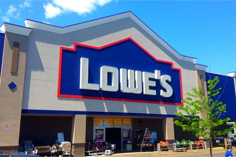Directors of Lowe's Companies Inc. credit the home improvement chain's 33% fourth-quarter gain in online purchases delivered from a brick-and-mortar store to its omnichannel sales approach. Photo by Mike Mozart via Flickr
