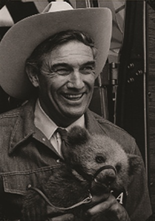 "The Television Bureau of Advertising described the late Cal Worthington as ""probably the best-known car dealer pitchman in television history."" Some of his most memorable ""Go See Cal"" commercials show Worthington wrestling a grizzly bear, hanging upside down from an airplane, riding an elephant and standing upside down on his head."