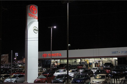 Located In El Paso, Texas, Hoy Fox Toyota Averages About 250 Deals Per Month
