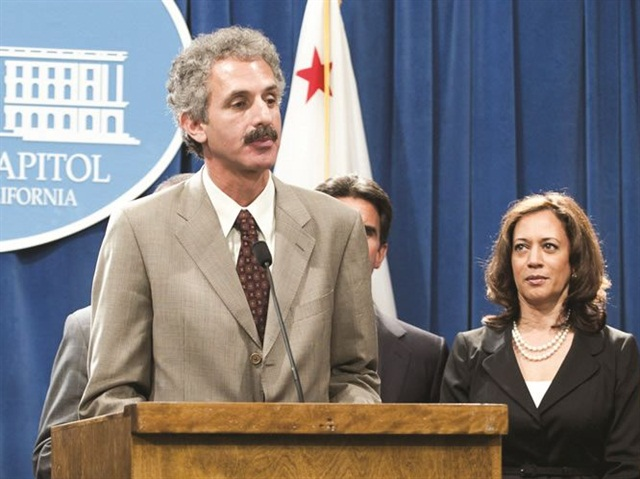 Former Assembly member Mike Feuer's AB 1534 took effect on Jan. 1 for California BHPH dealers.