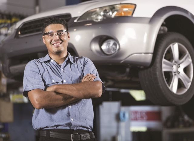 Cars.com's new Service & Repair platform could herald a wave of third-party sites promising a reduced-stress approach to vehicle maintenance.