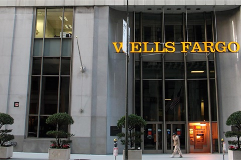 Wells Fargo will pay $1 billion to settle charges pertaining to the sale of two products to auto- and home-loan customers. Photo by Laimerpramer via Wikimedia Commons