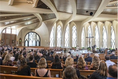 <p>Bobit Business Media CEO Ty Bobit delivers a eulogy celebrating Ed, his father and company founder. Photo by Kelly Bracken.</p>
